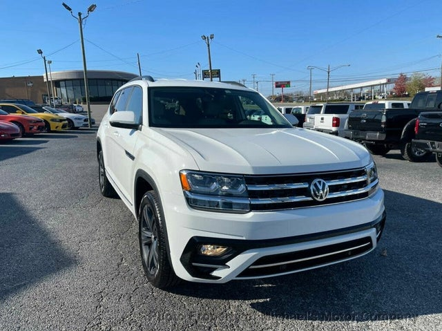 2020 Volkswagen Atlas 3.6L SE FWD with Technology R-Line