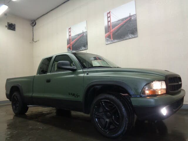 2002 Dodge Dakota Sport Club Cab RWD