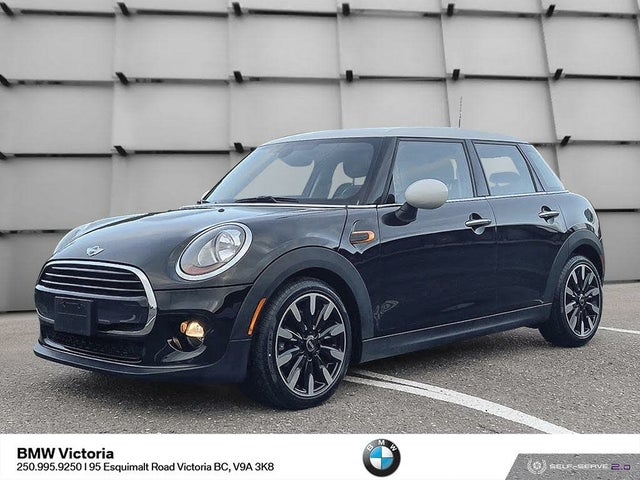 2017 MINI Cooper 4-Door Hatchback FWD