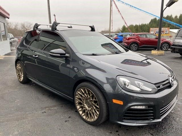 2012 Volkswagen Golf R 2-Door AWD with Sunroof and Navigation