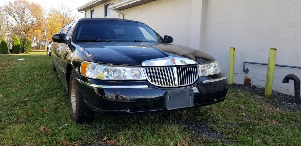 50 Best 2001 Lincoln Town Car For Sale Savings From 2 359