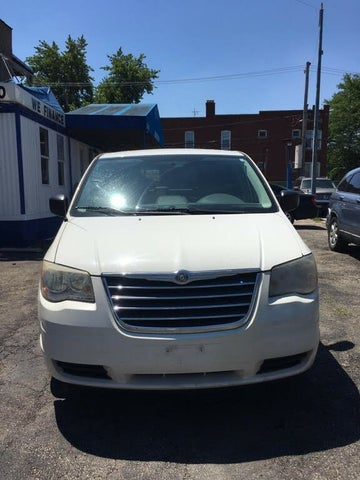 2010 Chrysler Town & Country LX FWD