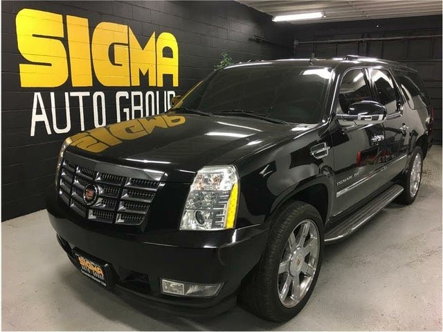 2013 Cadillac Escalade ESV Luxury RWD