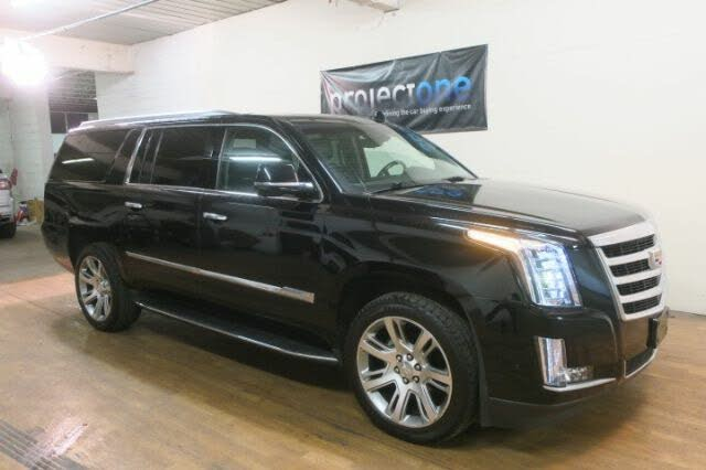 2017 Cadillac Escalade ESV Luxury 4WD