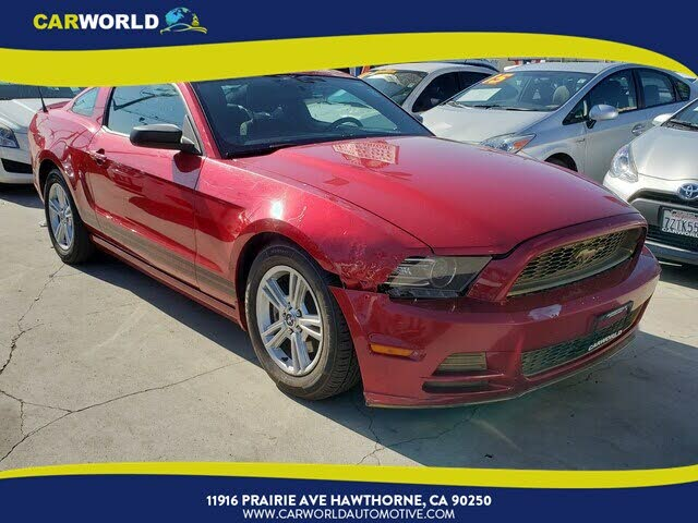 2013 Ford Mustang V6 Coupe RWD