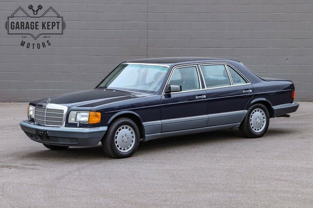 1986 Mercedes-Benz 560-Class 560SEL Sedan