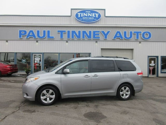2011 Toyota Sienna LE Mobility 7-Passenger