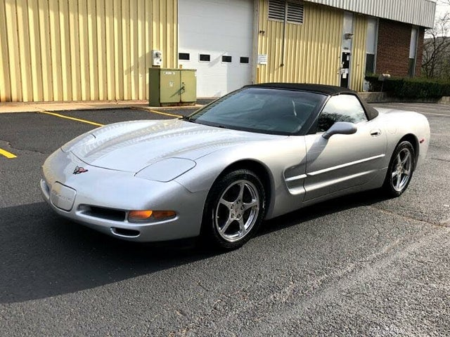 2002 Chevrolet Corvette Convertible RWD