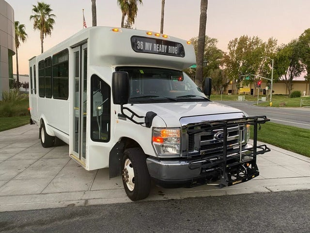 2015 Ford E-Series Chassis E-350 SD DRW Stripped RWD