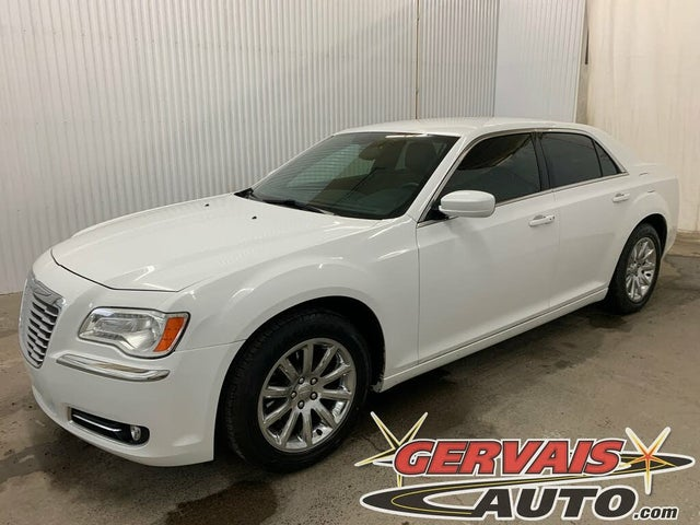 2014 Chrysler 300 Touring RWD