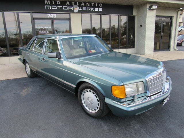1989 Mercedes-Benz 300-Class 300SEL Sedan