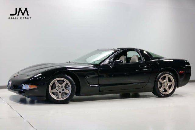2001 Chevrolet Corvette Coupe RWD