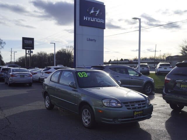 2003 Hyundai Accent GL 2-Door Hatchback FWD