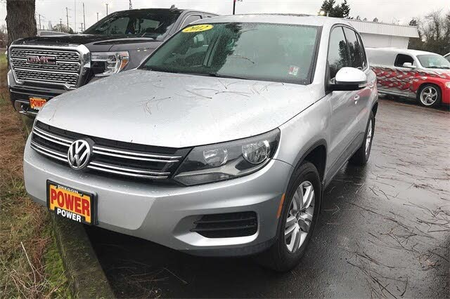 2012 Volkswagen Tiguan S 4Motion AWD with Sunroof