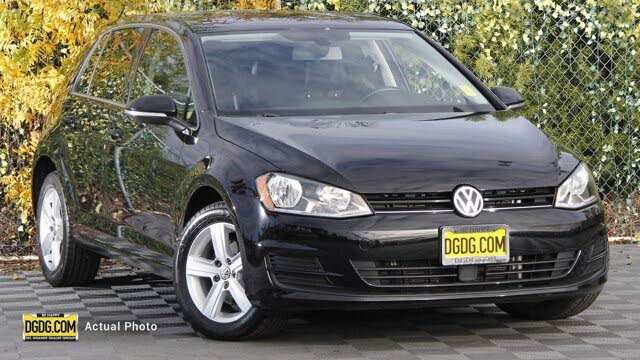 2017 Volkswagen Golf 1.8T Wolfsburg Edition 4-Door FWD