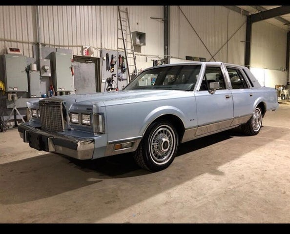 1985 Lincoln Town Car Signature