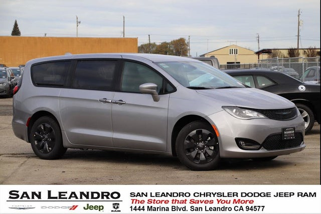 2020 Chrysler Pacifica Hybrid Touring FWD