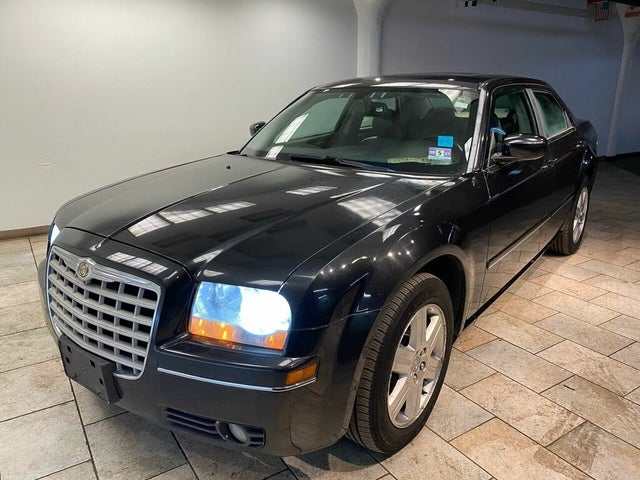 2005 Chrysler 300 Limited AWD