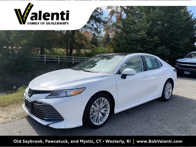 2020 Toyota Camry XLE V6 FWD