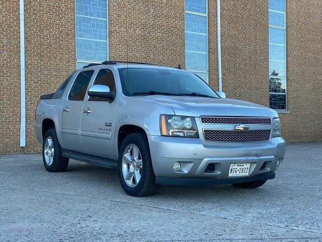 2010 Chevrolet Avalanche LS RWD