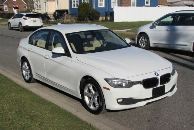 2014 BMW 3 Series 320i xDrive Sedan AWD