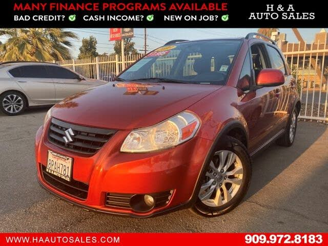 2013 Suzuki SX4 Base Crossover AWD with Tech Pkg