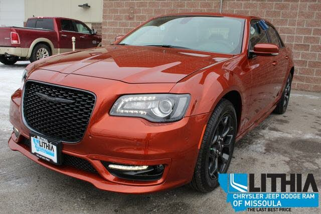 2021 Chrysler 300 Touring L AWD
