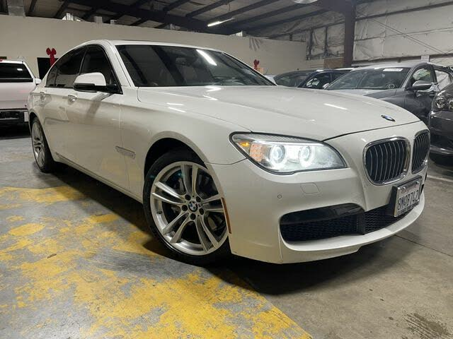 2015 BMW 7 Series 740i RWD
