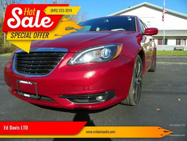 2014 Chrysler 200 Limited Sedan FWD
