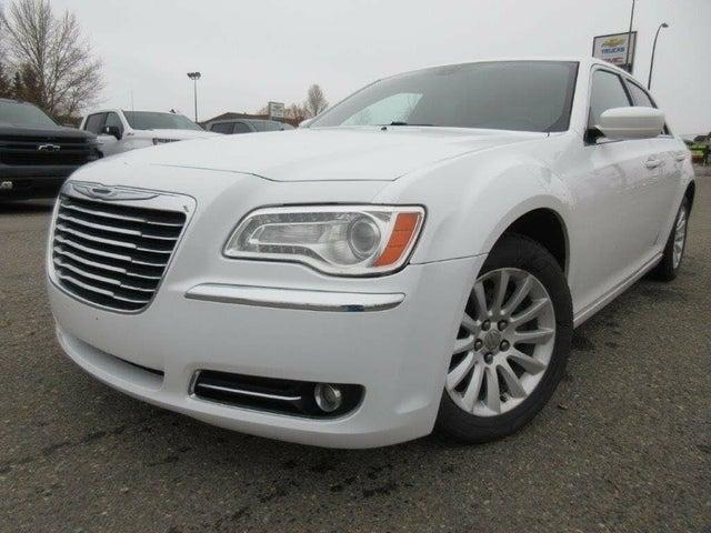 2013 Chrysler 300 Touring RWD