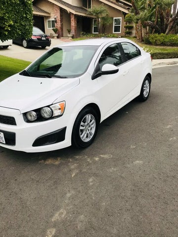 2015 Chevrolet Sonic LT Sedan FWD