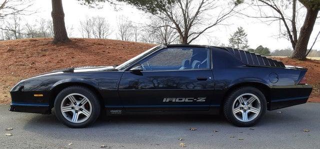 1988 Chevrolet Camaro IROC-Z Coupe RWD