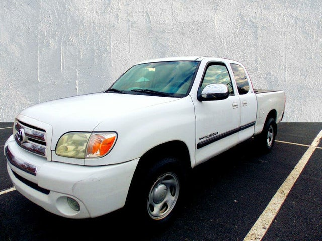 2006 Toyota Tundra SR5 4dr Access Cab SB with V6, automatic
