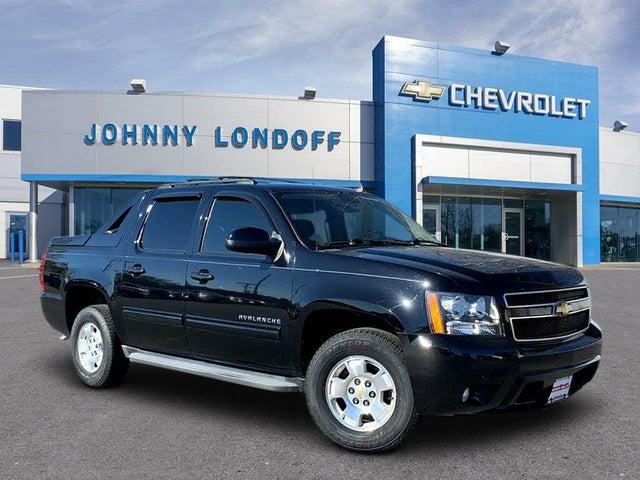 2013 Chevrolet Avalanche LS Black Diamond Edition RWD