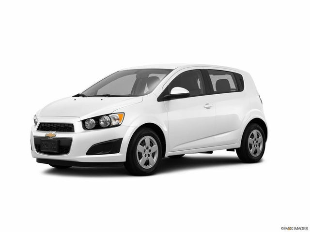 2016 Chevrolet Sonic LS Hatchback FWD