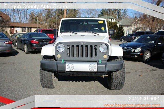2010 Jeep Wrangler Unlimited Sahara RWD