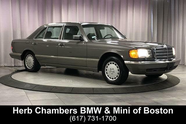 1986 Mercedes-Benz 560-Class 560SEL Sedan