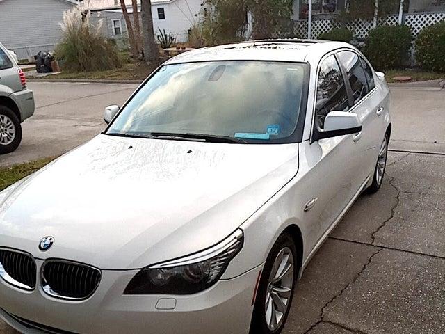 2010 BMW 5 Series 535i Sedan RWD
