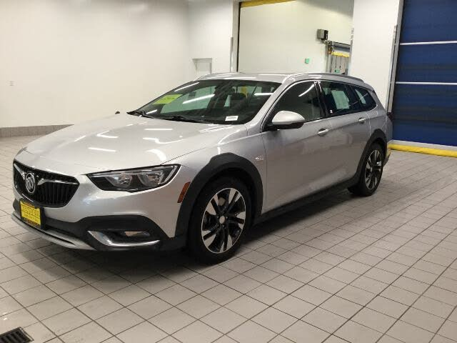 2019 Buick Regal TourX Essence AWD