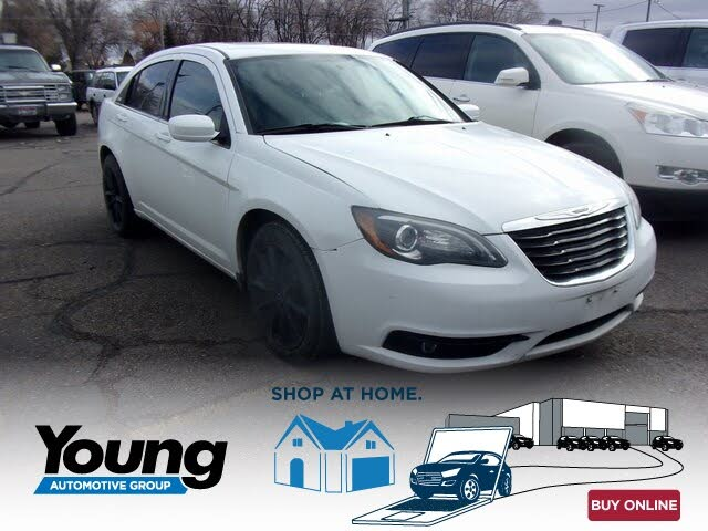 2012 Chrysler 200 S Sedan FWD