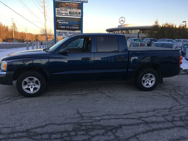 2005 Dodge Dakota SLT Quad Cab RWD