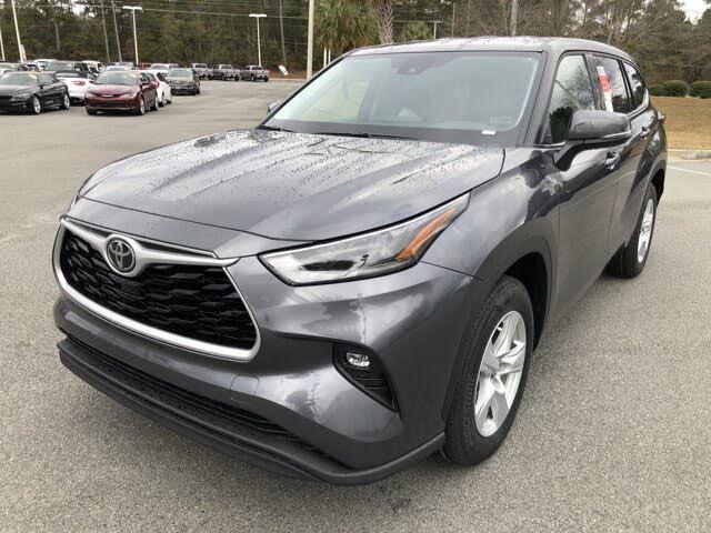 2021 Toyota Highlander LE FWD