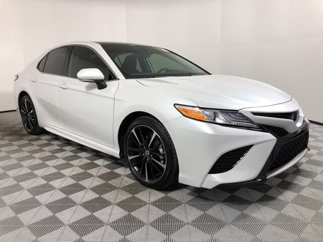 2020 Toyota Camry XSE V6 FWD