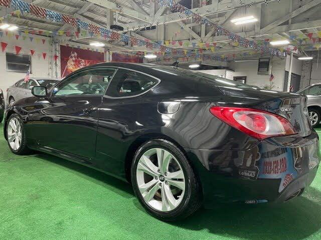 2012 Hyundai Genesis Coupe 2.0T RWD