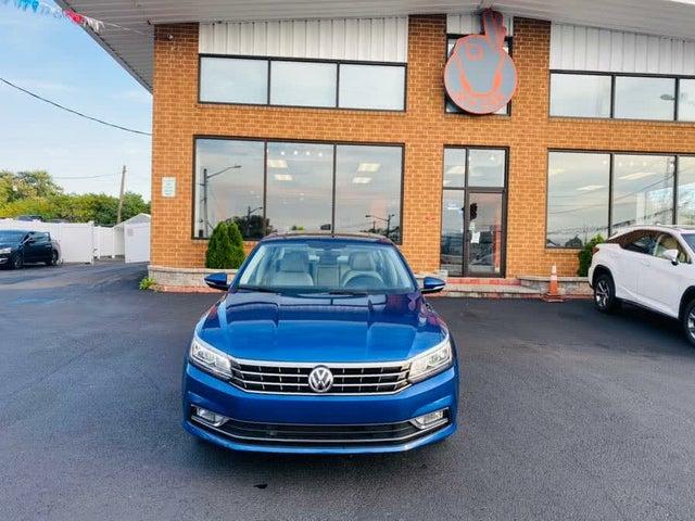 2017 Volkswagen Passat 1.8T SE with Technology Pkg