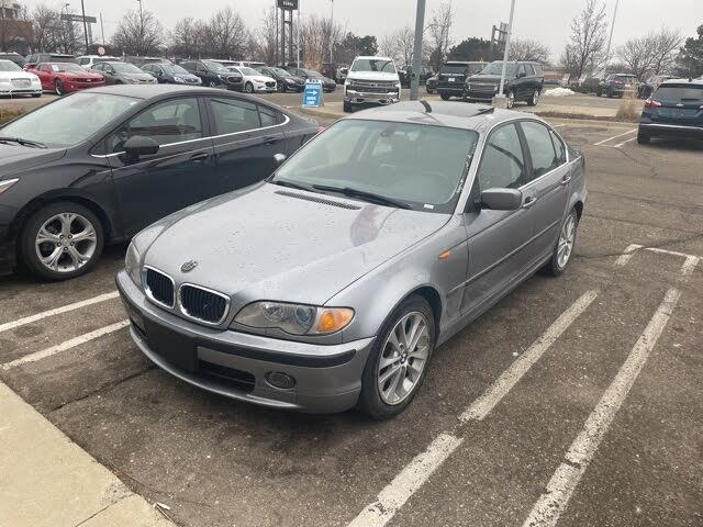 2003 BMW 3 Series 330xi Sedan AWD