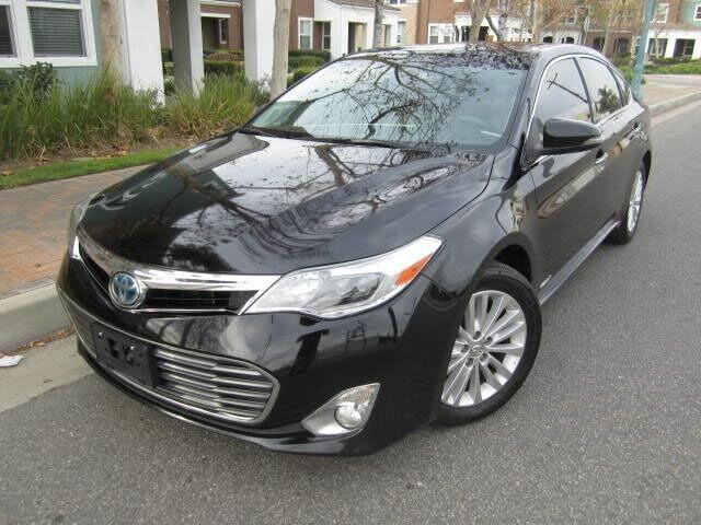 2015 Toyota Avalon Hybrid Limited FWD