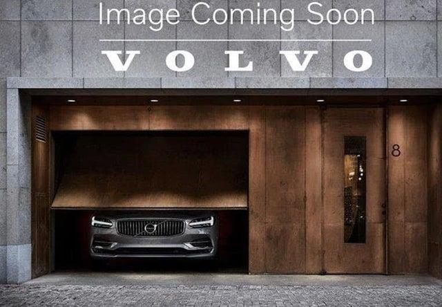 2017 Volvo XC90 T5 Momentum AWD