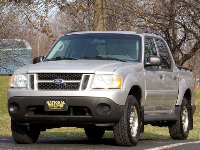 2004 Ford Explorer Sport Trac XLT 4WD Crew Cab