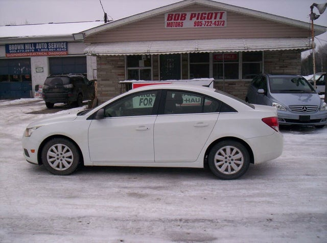 2011 Chevrolet Cruze 2LS Sedan FWD